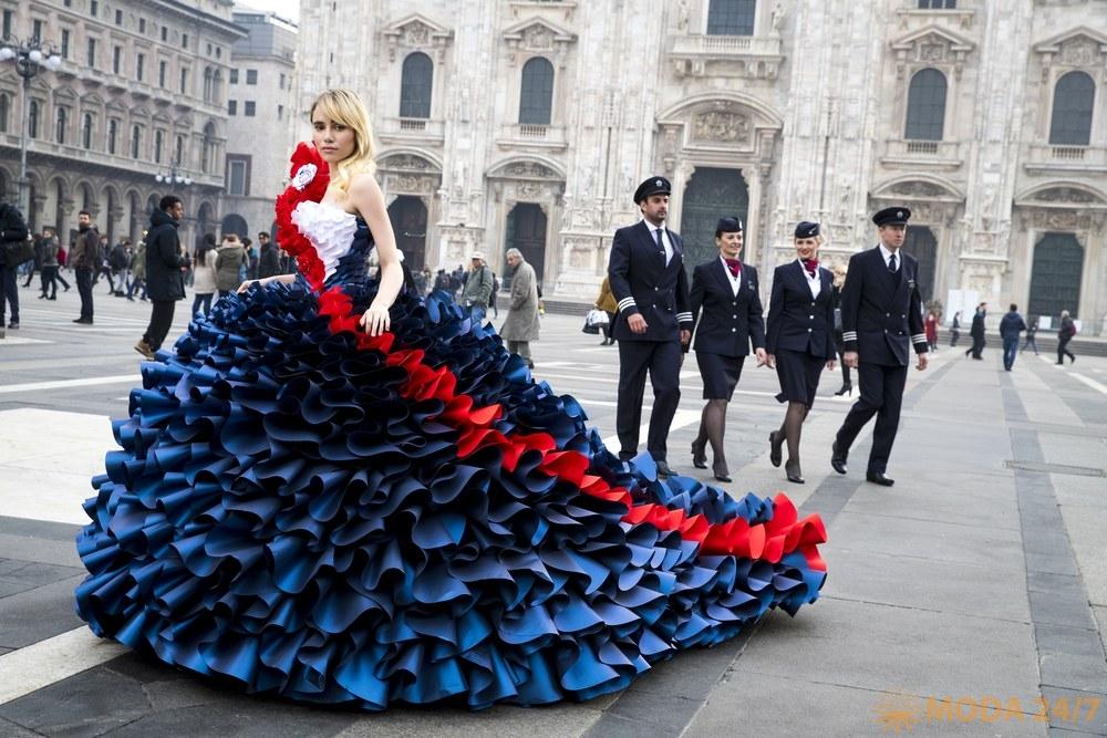 Сьюки Уотерхаус (Suki Waterhouse) для British Airways