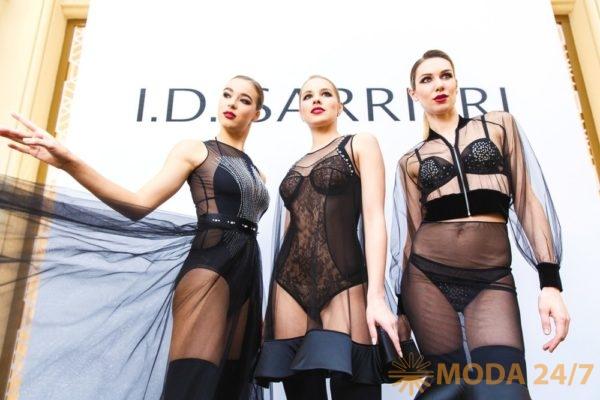 Коллекция I.D. Sarrieri SS-2018. Юлия Добрин I.D. Sarrieri в Москве представила коллекцию весна-лето 2018
