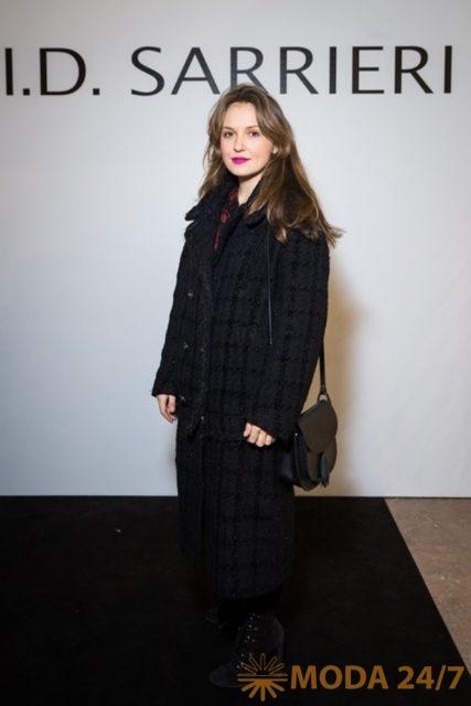 Катя Добрякова. Юлия Добрин I.D. Sarrieri в Москве представила коллекцию весна-лето 2018