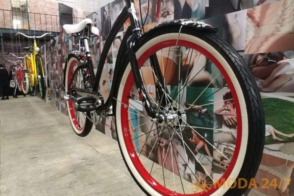 Городской велосипед Fashion Cruiser Queen of Hearts 3i Limited Edition. Electra SS-2018 (весна-лето 2018)