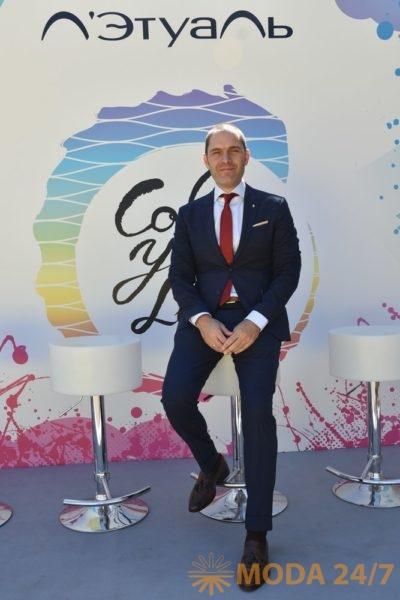 Антонио Пареджо (Antonio Parejo) экспорт менеджер W7 Cosmetics. 6 новых брендов декоративной косметики Л'Этуаль