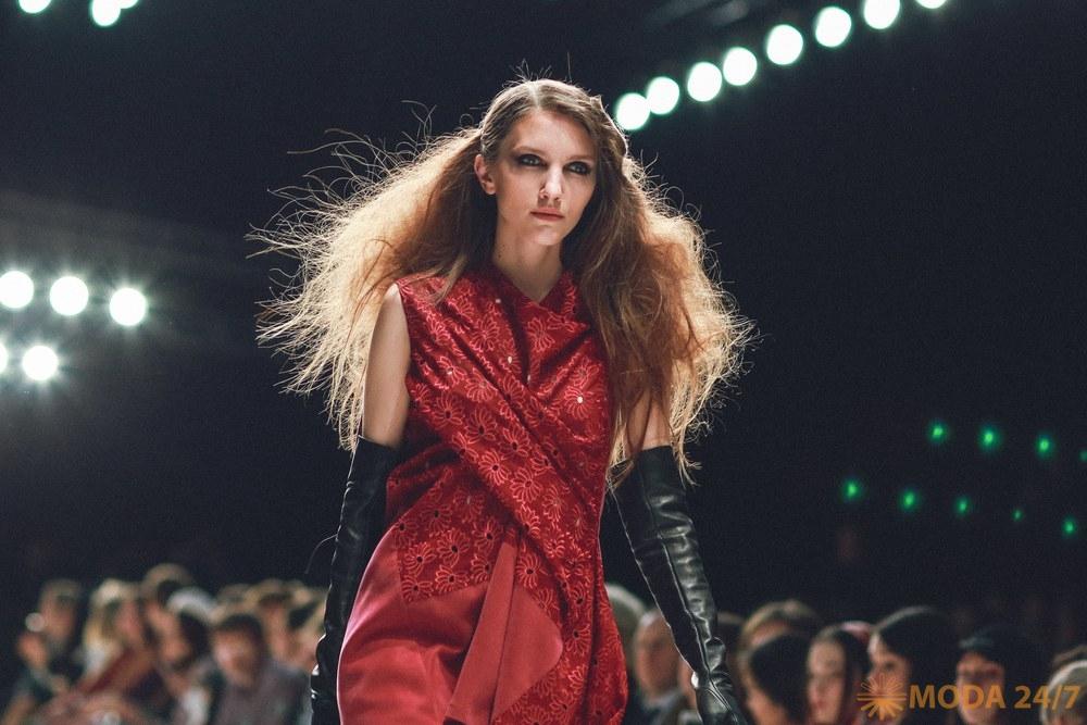 Mercedes-Benz Fashion Week Russia. Цвета Palette Fashion Collection на подиумах туманного Альбиона