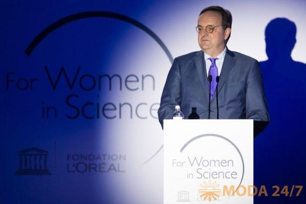 Жорж Шишманов (Georges Chichmanov), Генеральный секретарь L'Oreal в России. Фонд L'ORÉAL-UNESCO вручил стипендии «Для женщин в науке»