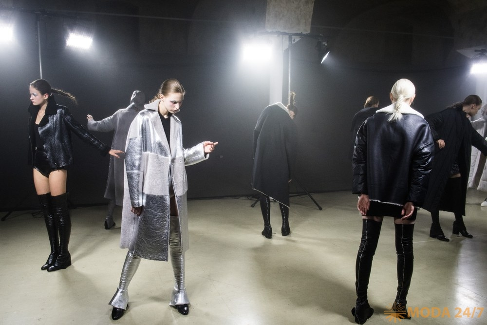 Tegin Fashion House FW-2018/19. Tegin FW-2018/19 «Футуристическая Снегурочка»