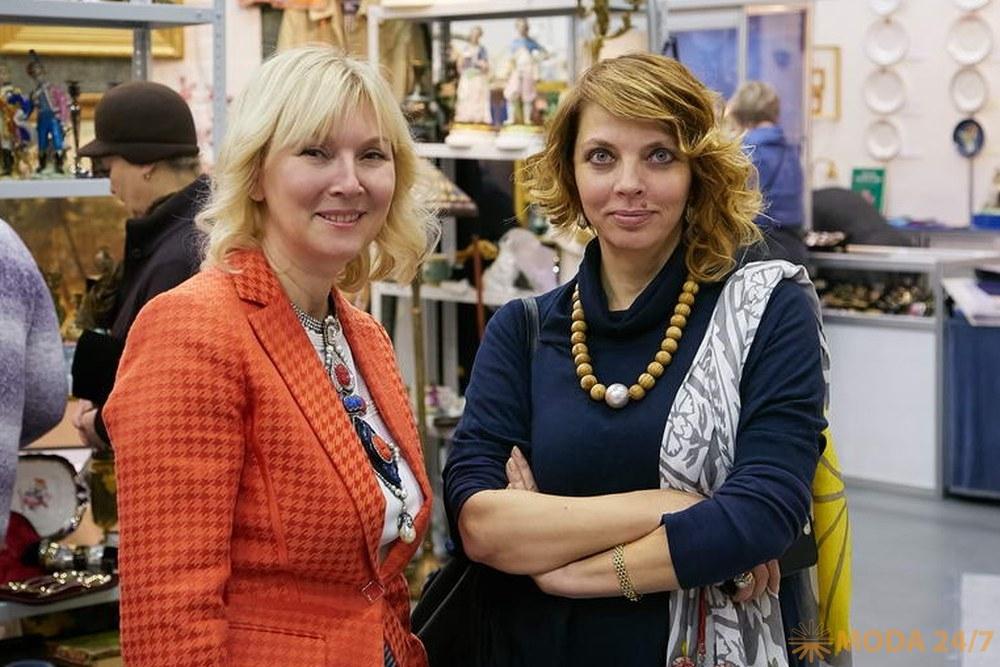 Марина Смирнова и Екатерина Рождественская. Декабрьский «Блошиный рынок» на Тишинке
