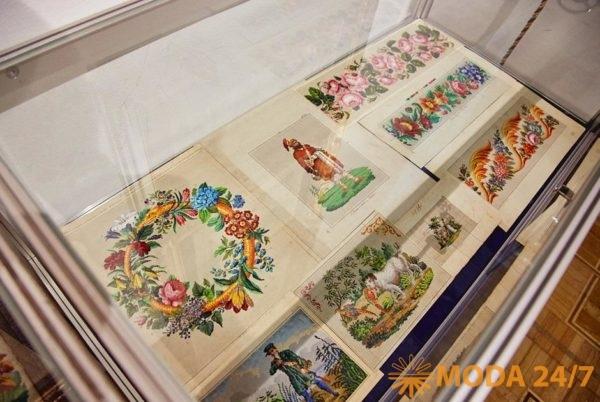 Салон «Старая бумага». Антикварная ярмарка и форум «Коллекции России» в ЦДХ