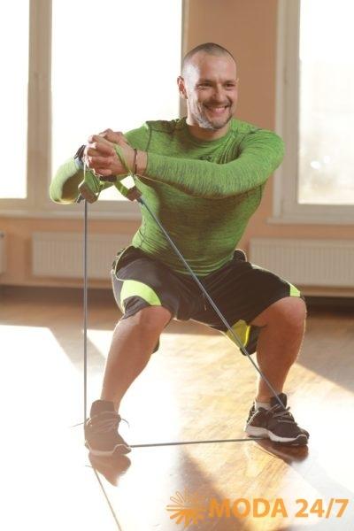 Руслан Панов – эксперт-методист и координатор направления групповых программ федеральной сети фитнес-клубов X-Fit. Тренировка на встречу лету – X-Fit Live Moves