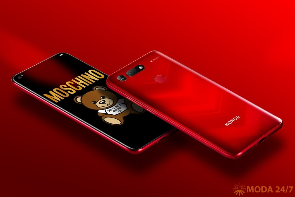 Новинки HONOR HUAWEI. HONOR View 20 Moschino