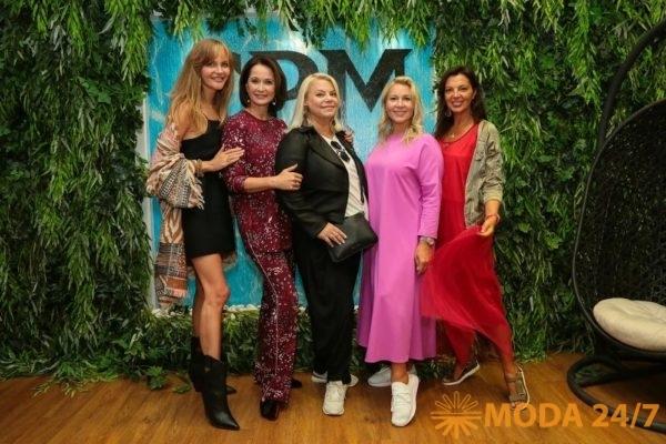 Светлана Королева, Ольга Кабо, Яна Поплавская, Екатерина Одинцова и Алиса Толкачева
