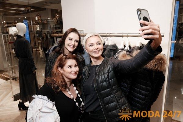 Юлия Куварзина, Глафира Тарханова и Дарья Повереннова