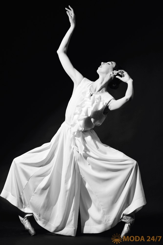 Русский балет, Ana Turazashvili и HIGH