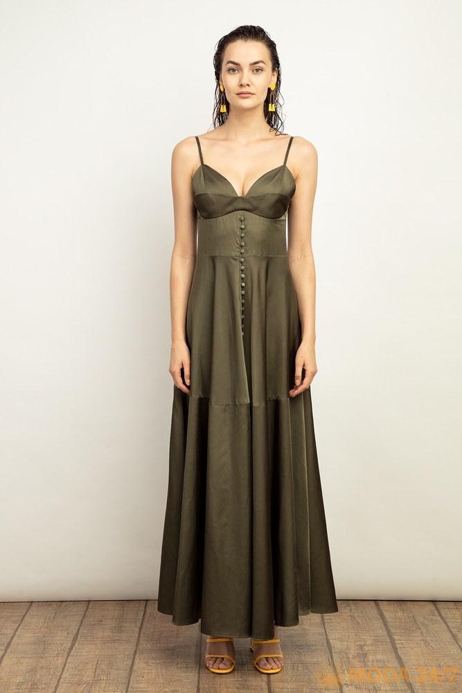 Платье цвета хаки из натурального шелка на брителях