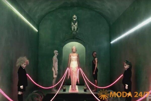 Лу Эйрич – художник по костюмам. Леди Гага (Lady Gaga) в сериале «Американская история ужасов»