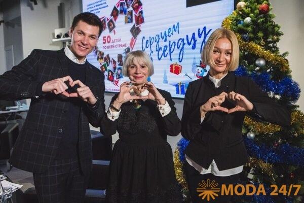 Ведущий, Фаина Захарова и Татьяна Володина