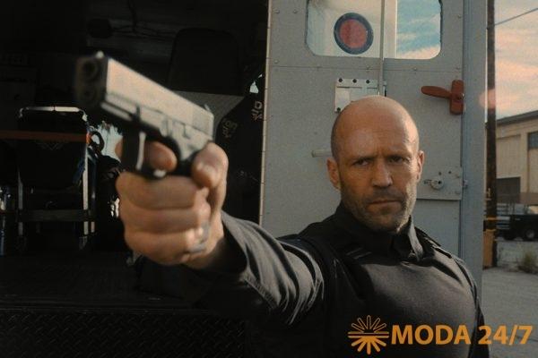 Джейсон Стейтем (Jason Statham) в кадре фильма «Гнев человеческий»