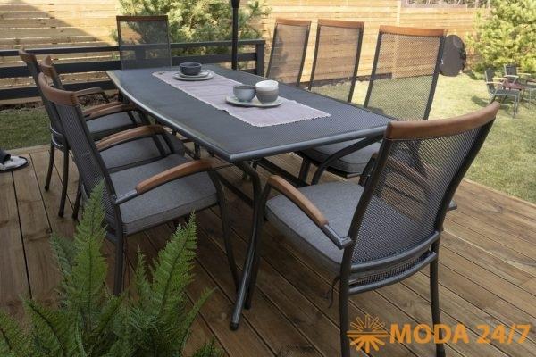 Стол и стулья, текстиль и посуда JYSK