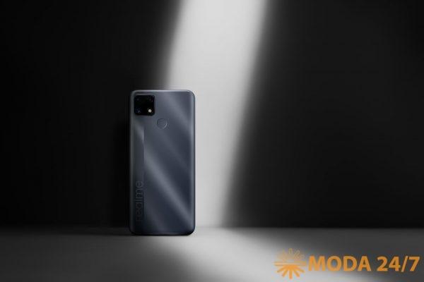 Чёрный смартфон