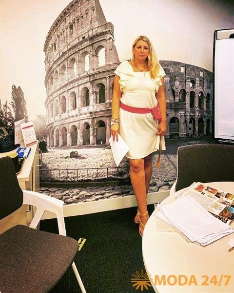 Светлана в переговорной бизнес-центра Parioli (ит. Regus Parioli)
