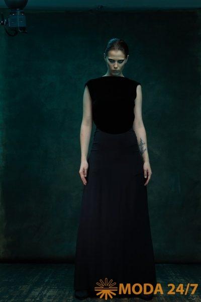 Платье в пол с бархатным верхом