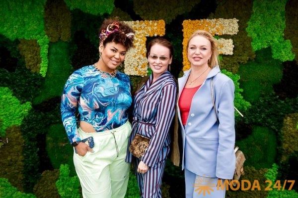 Корнелия Манго, Жанна Эппле и Алла Довлатова на Teplitsa fashion