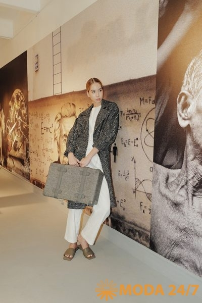 Пальто, блузка и брюки Victoria Andreyanova SS-2022